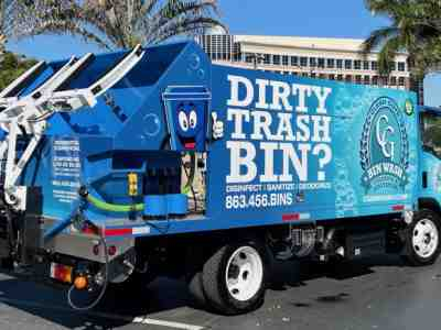 Latest SB4 PTO trash bin cleaning truck